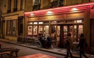 locali a parigi 3