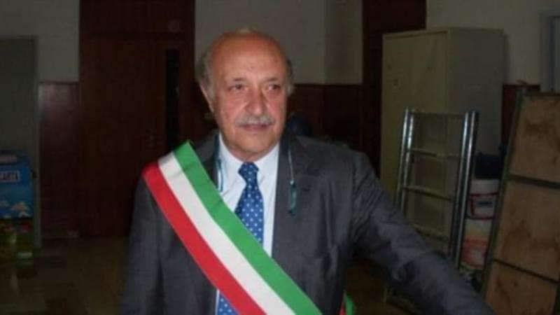lello russo sindaco di pomigliano d'arco 2