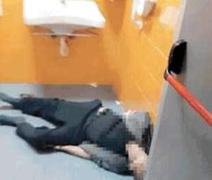 paziente morto in bagno all ospedale cardarelli di napoli