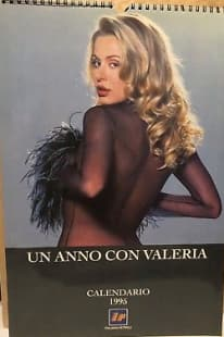 Primo Calendario Valeria Marini.Una Gnocca Al Giorno Marilyn Inauguro I Calendari Con