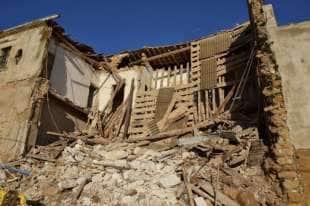 demolita la casa d'infanzia di camilleri 1