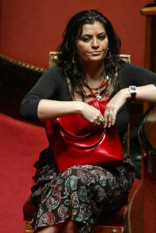 Jole Combattente Di Calabria L Intervista In Cui La Santelli Parlava Della Sua Malattia Cronache