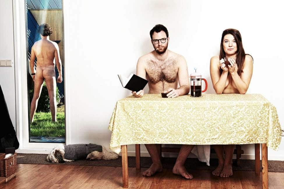 femmine nudiste ed erezione maschile
