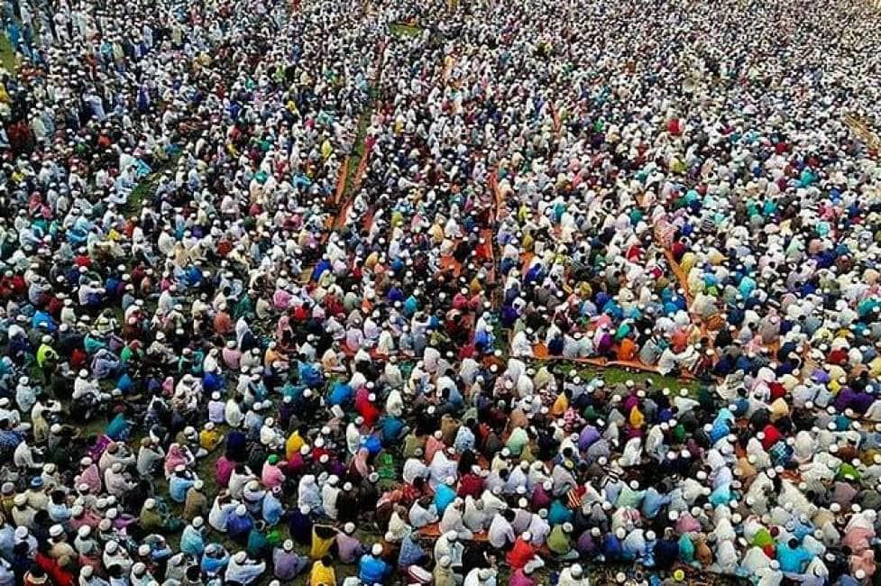ADESSO SIAMO NOI CHE PREGHIAMO PER VOI – ALLERTA CORONAVIRUS MASSIMA IN BANGLADESH DOVE MIGLIAIA DI PERSONE SI SONO AMMASSATE PER UN MEGA-RADUNO ISLAMICO...
