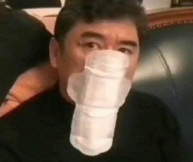mascherina antivirus gucci