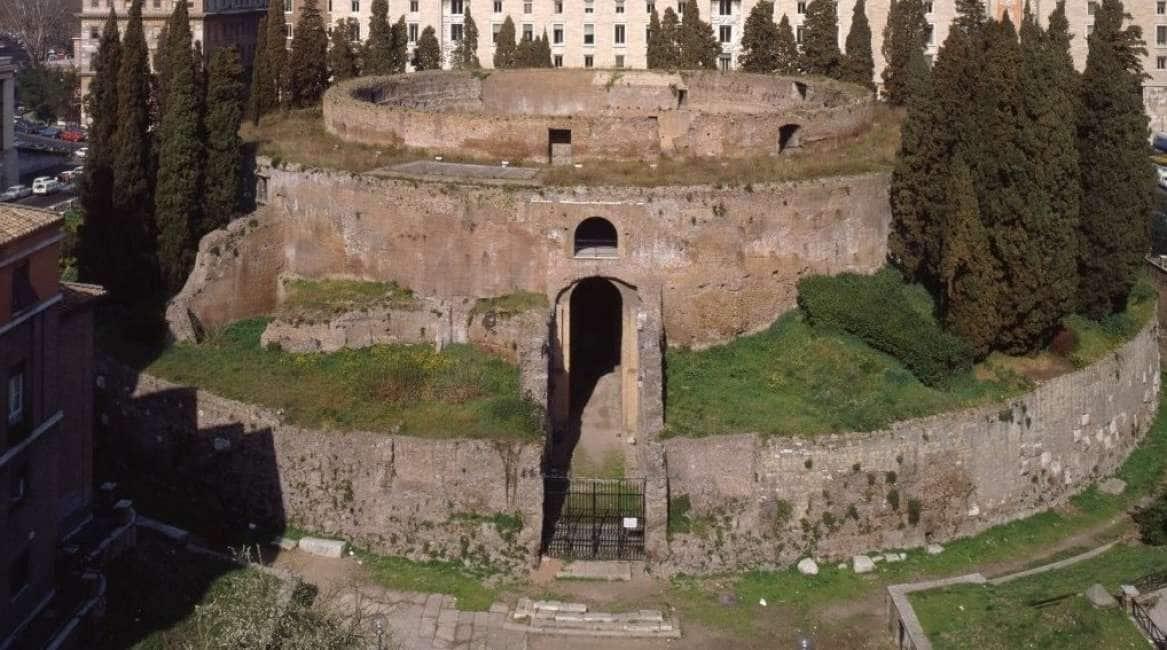 L'UNICA TOMBA IN CUI VOGLIAMO ENTRARE - A ROMA SI APRONO LE PORTE DEL MAUSOLEO DI AUGUSTO...
