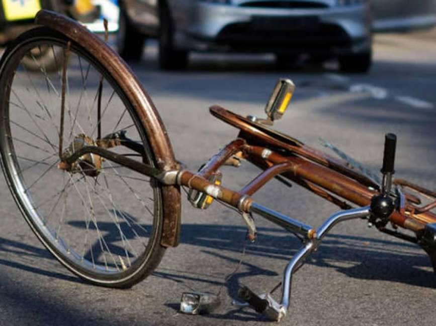 SI PEDALA VERSO LA MORTE – LE BICICLETTE SONO PIÙ PERICOLOSE DI MOTO E SCOOTER:...