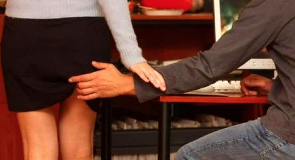 Ragazza Squirting durante sesso video