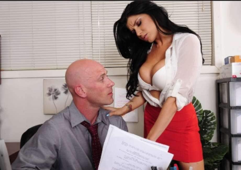 ricatto milf sesso pompini video download