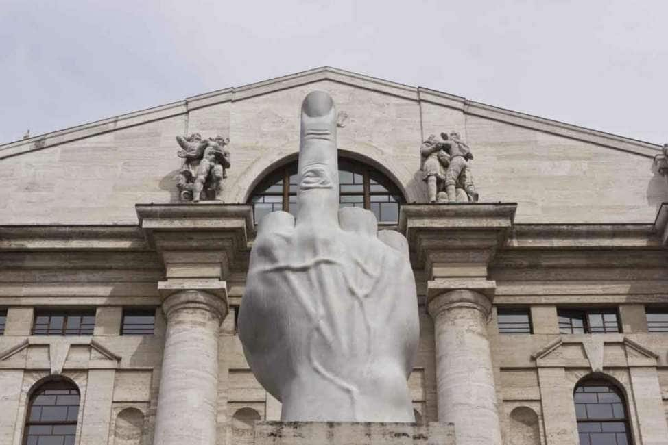 Piazza Affari tifa per il Conte-bis, svetta in Europa. Spread giù a 183 punti .